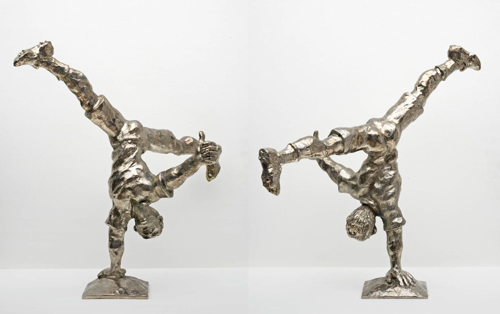 'VICTORY!', bronze/nickel, height 30cm, 2014