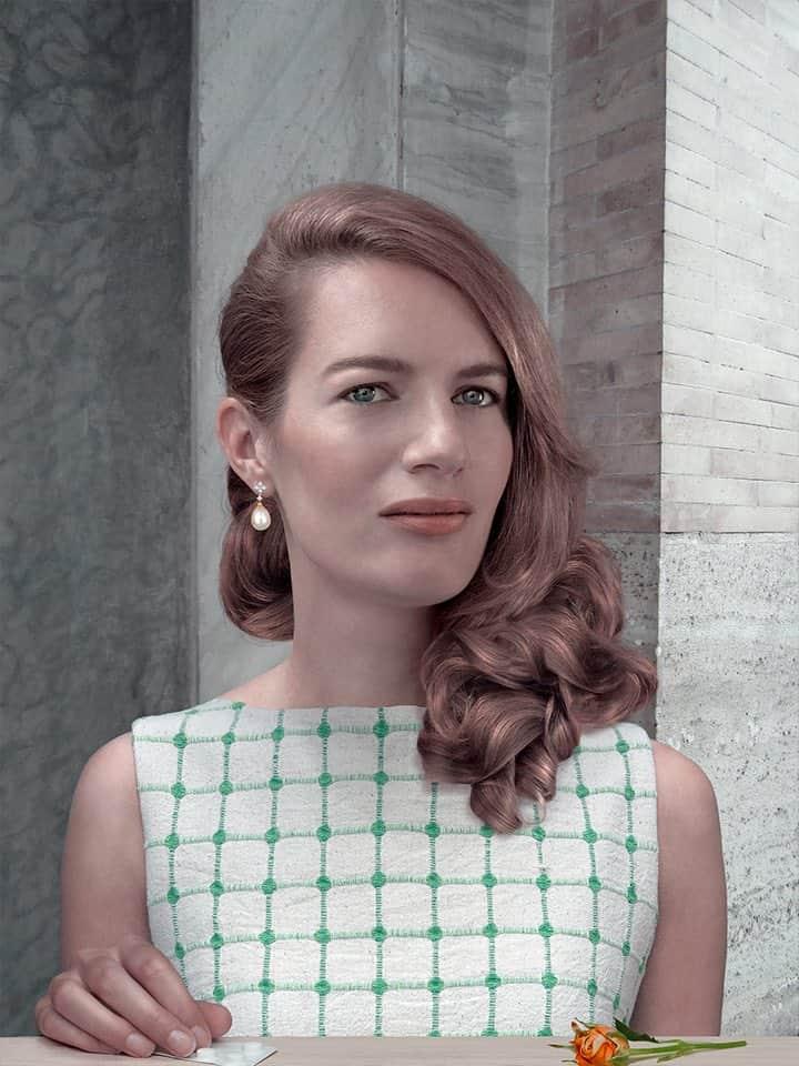 'Donna in Arancione e Verde', 2014