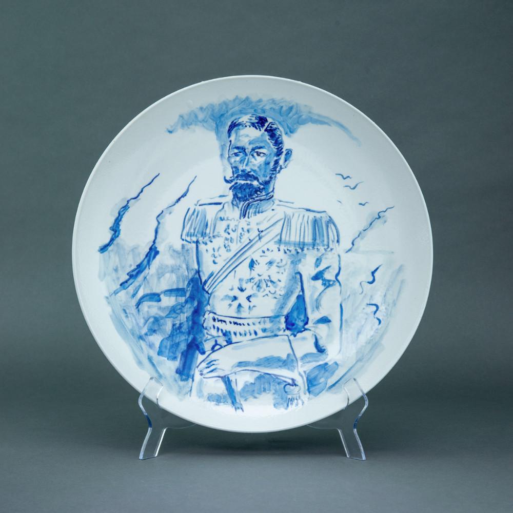 'White King', Ø 39cm, blue and white porcelain plate, 2019